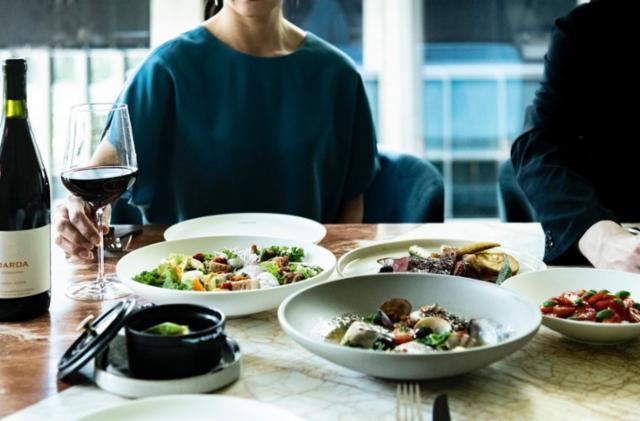 プライベートクラブ「OCA TOKYO」レストラン・カフェ・バー  丸の内テラスの画像・写真